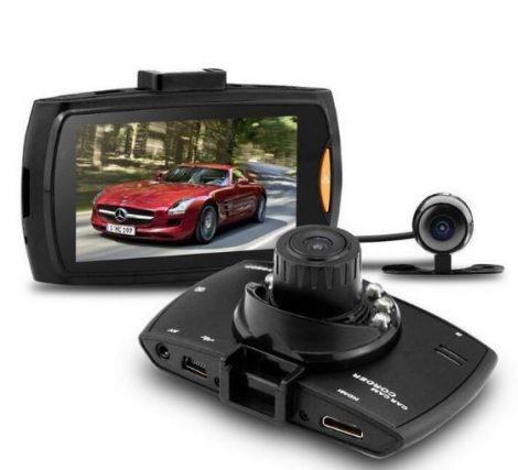 Fedélzeti és Tolató kamera Full HD-s Magyar menüs - Két kamerás eseményrögzítő, hogy ne maradjon kérdés.