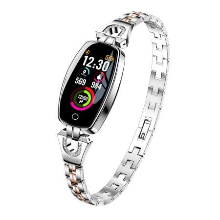 Luxardo okosóra (H8) Ezüst -Igazán csajos óra vékony fémszíjjal,hogy sportolás közben is nőies lehess.