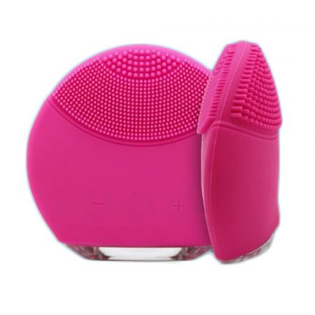 Electric facial massage and pore cleaning silicone brush